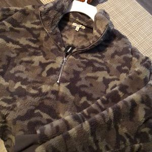 NWT EXPRESS L Jacket CAMO SHERPA TEDDY SWEATER